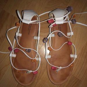 american eagle strappy/pom pom sandal